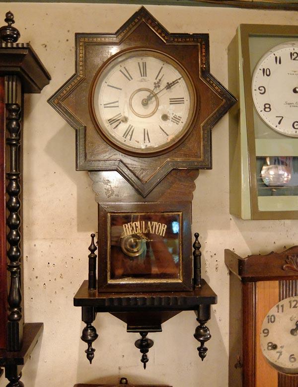 高野時計 星型掛時計画像