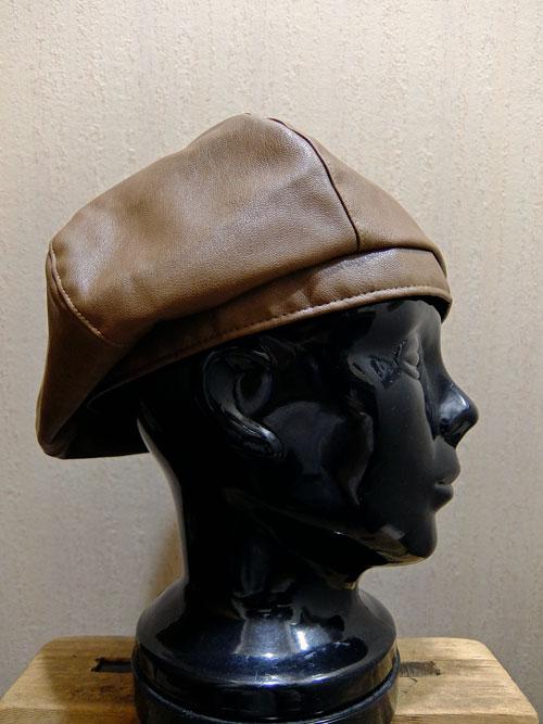 fake leather Beret画像