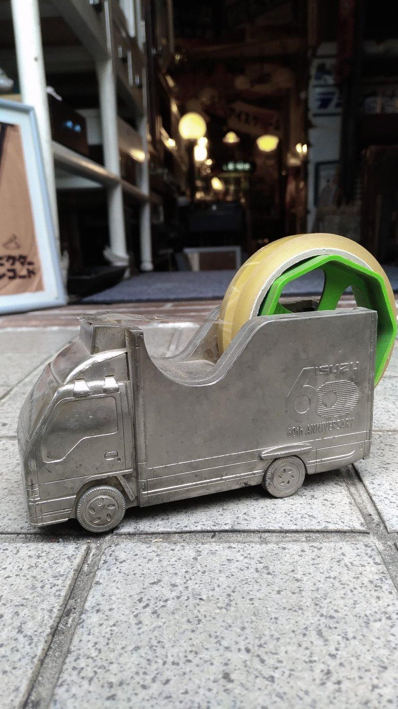 いすゞ自動車 創立60周年記念 テープカッター画像