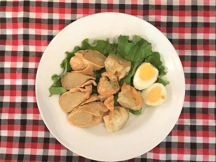 バタゴール(魚のすり身を包んで揚げたもの)/Batagor 【Halal】画像