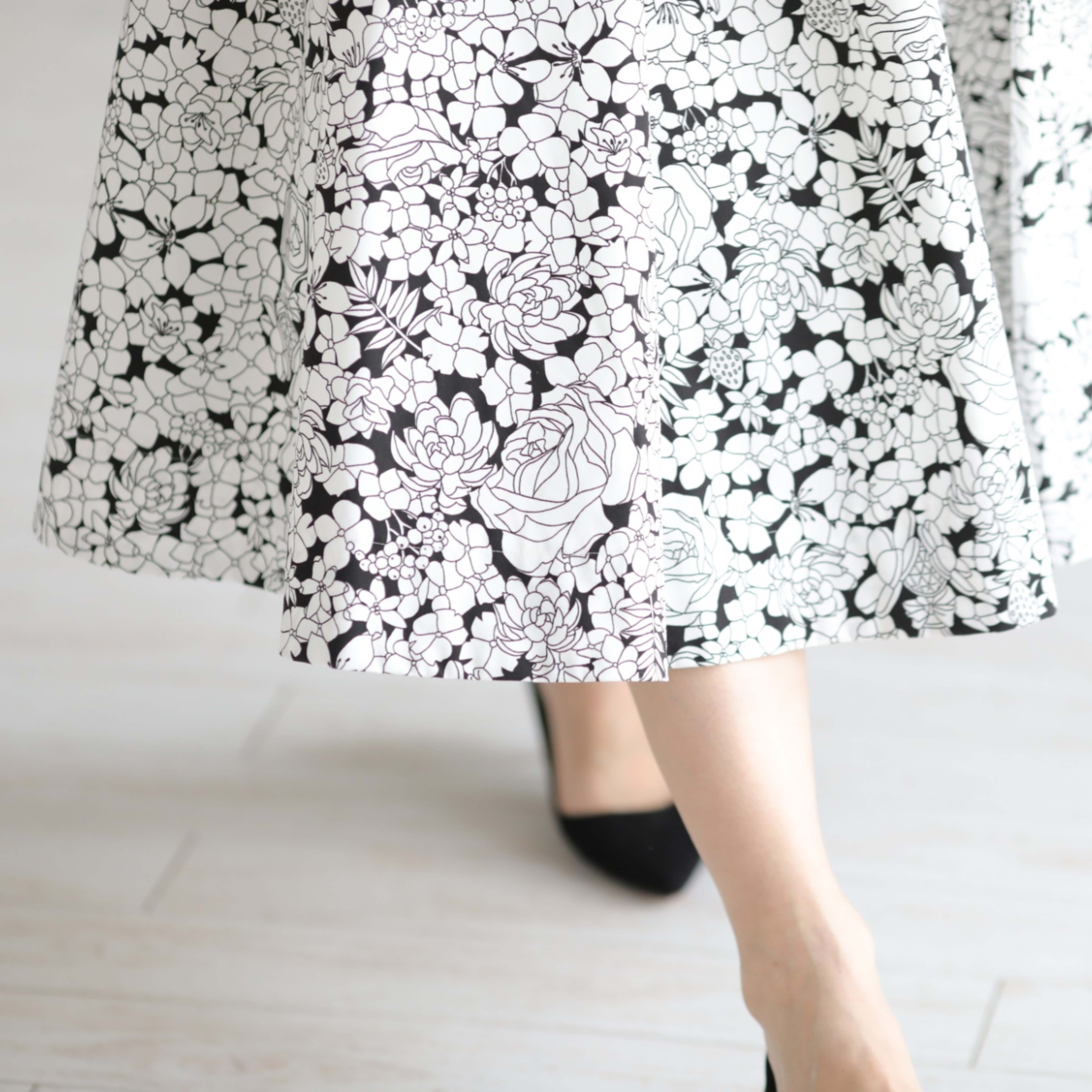 『sincere』 flare skirt WHITE×BLACK画像