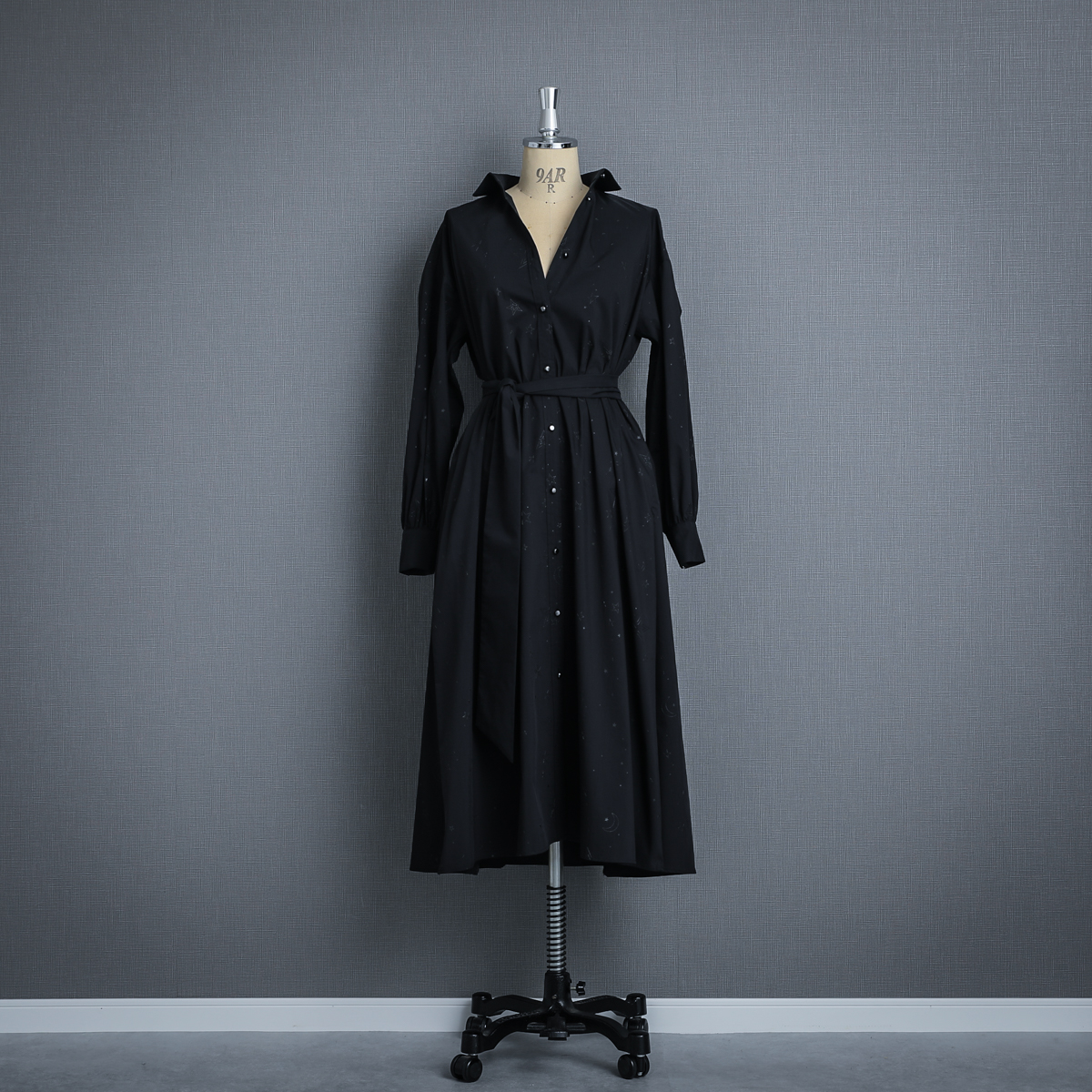 『Stella typewriter』 Long shirts one-piece BLACK画像