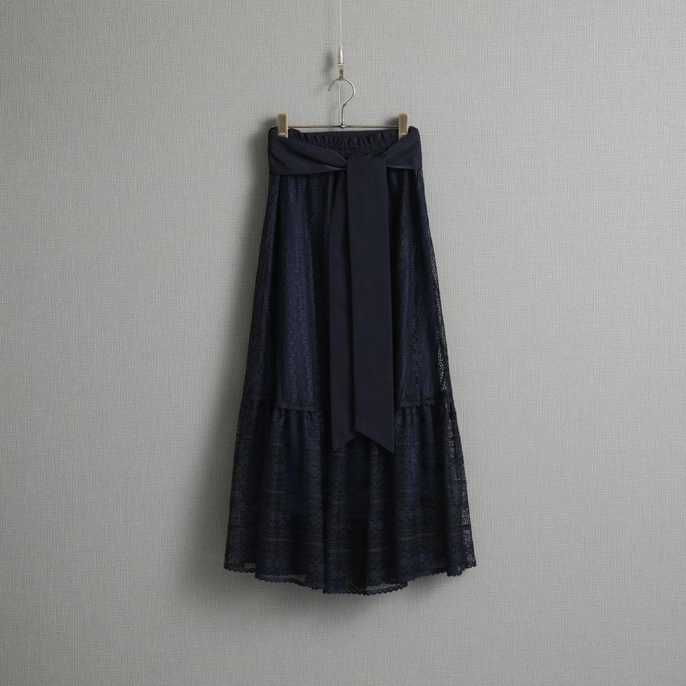 『Botanical lace』 Tiered long skirt NAVY画像
