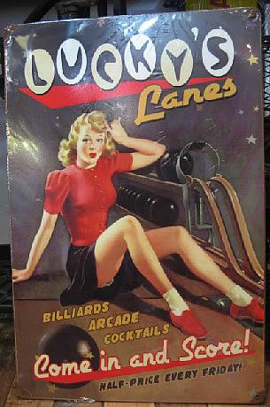 スティール看板【Lucky Lanes】  ヴィンテージティンサインプレート アメリカン雑貨の画像