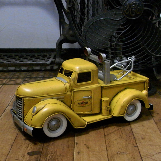 ペンゾイルレッカー車 ブリキのおもちゃ ブリキ製自動車 アメリカン雑貨の画像