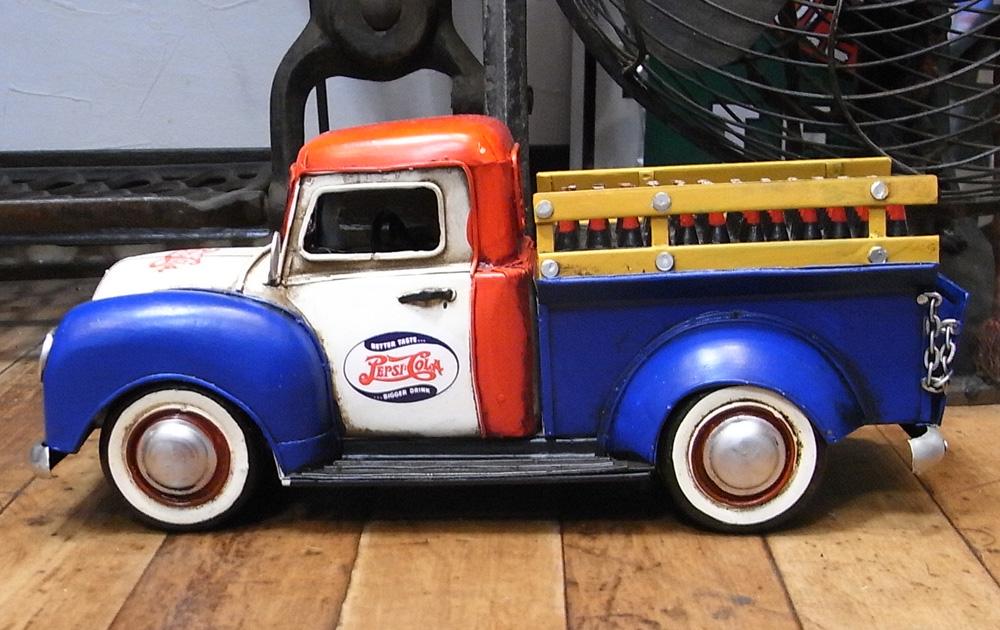 ペプシコーラピックアップトラック ブリキ製自動車 アメリカン雑貨の画像