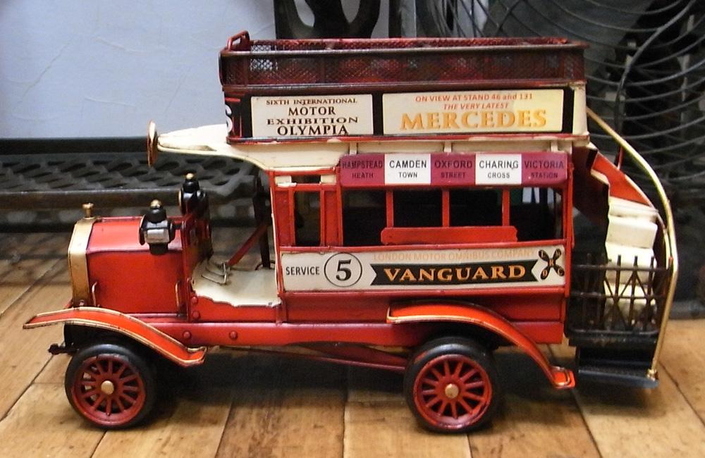 クラシックロンドンバス ブリキ製自動車 ブリキのおもちゃ アメリカン雑貨の画像