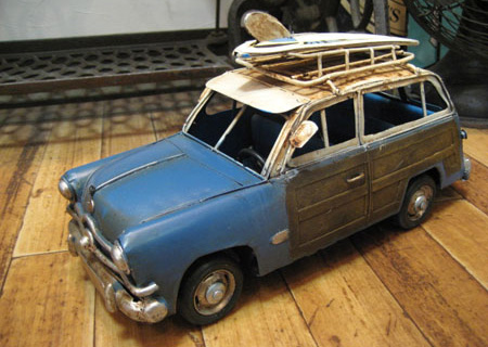 ウッディワゴン【サーフ】 ブリキ製自動車 ブリキのおもちゃ アメリカン雑貨の画像