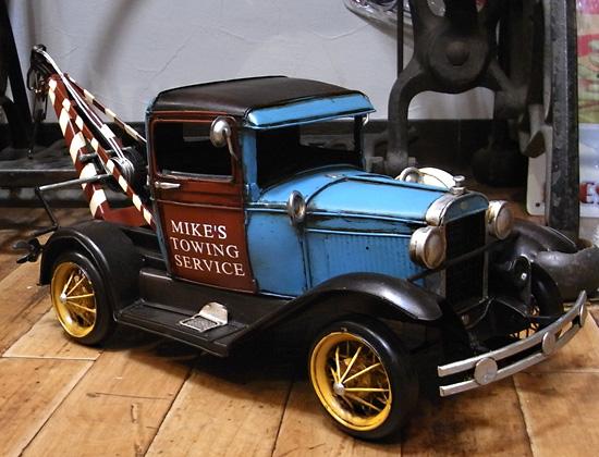 クラシックレッカー車 ブリキ製自動車 ブリキのおもちゃ アメリカン雑貨の画像