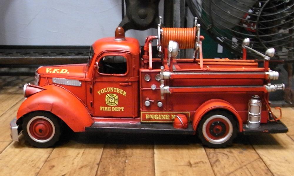 消防車C ブリキ製自動車 ブリキのおもちゃ アメリカン雑貨の画像