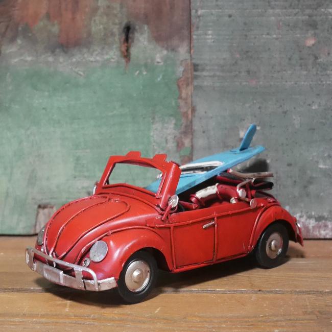 ワーゲンビートルカブリオレ【サーフボード】 ブリキ製自動車 ブリキのおもちゃ アメリカン雑貨の画像