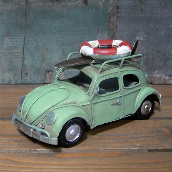 ワーゲンビートル ノスタルジックデコ  ブリキ製自動車 ブリキのおもちゃ アメリカン雑貨の画像