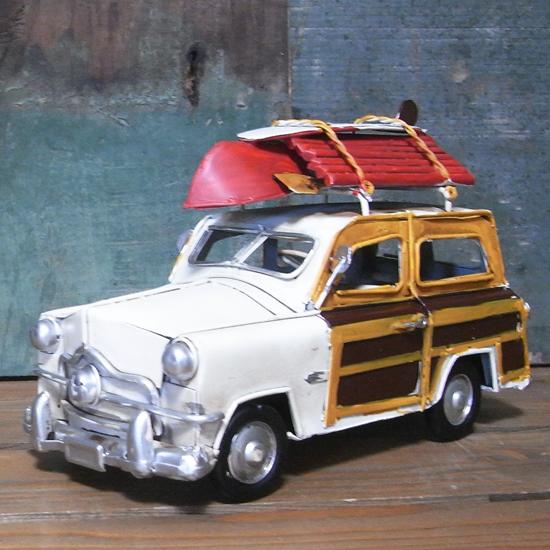 ウッディーワゴン ノスタルジックデコ 【ホワイト】  ブリキ製自動車 ブリキのおもちゃ アメリカン雑貨の画像