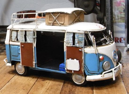 ワーゲンバス【キャンピングカー】 ブリキ製自動車 ブリキのおもちゃ アメリカン雑貨の画像