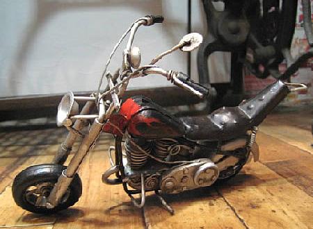 チョッパーモデルバイク ブリキのおもちゃ ブリキ製オートバイ アメリカン雑貨の画像