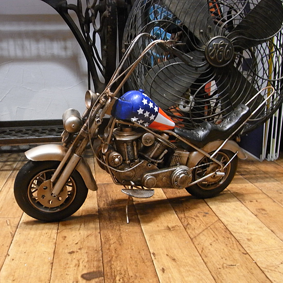 チョッパーバイク ブリキのおもちゃ ブリキ製オートバイ アメリカン雑貨画像