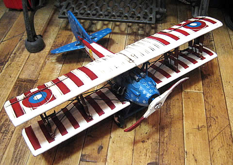 アメリカン飛行機 複葉機 ブリキのおもちゃ ブリキ製飛行機 アメリカン雑貨の画像