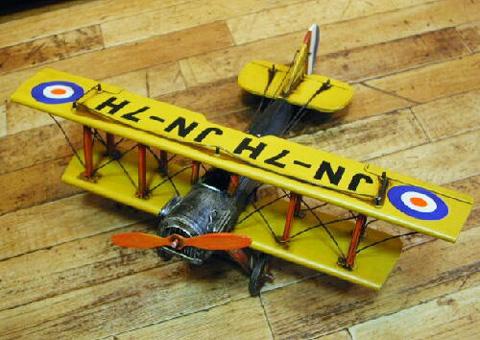 ブリキ飛行機 複葉機 ブリキのおもちゃ ブリキ製飛行機 アメリカン雑貨の画像