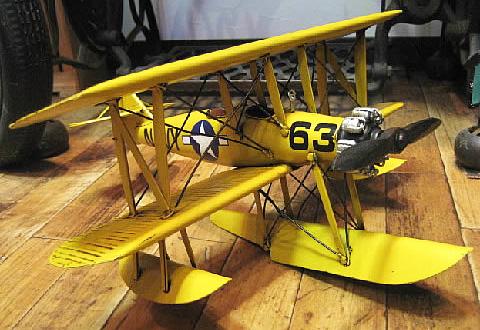 ブリキ製水上飛行機 三葉機 ブリキのおもちゃ ブリキ製飛行機 アメリカン雑貨の画像