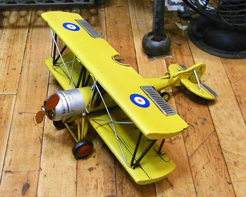 ブリキ製複葉機 ブリキのおもちゃ ブリキ製飛行機 アメリカン雑貨の画像