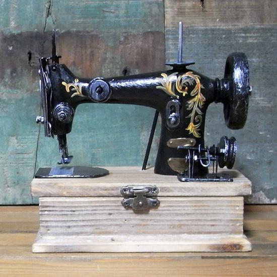 アンティークタイプレトロソーイングマシン インテリア 小物入れ レトロ アンティーク レトロ雑貨画像