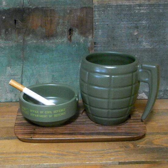 手榴弾 灰皿 コーヒー&シガレット トレイ付き アッシュトレイ 卓上灰皿 アメリカン雑貨の画像