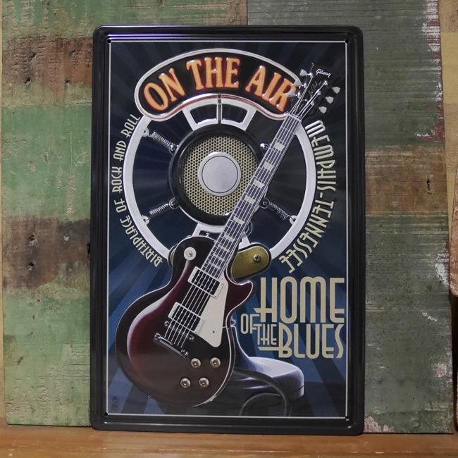 アンティーク エンボス プレート ON THE AIR ブリキ看板 インテリアプレート アメリカン雑貨の画像