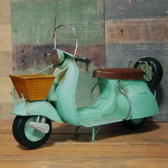 ブリキのおもちゃ ブリキ製スクーター ガレージインテリア アメリカン雑貨の画像