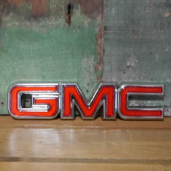 ゼネラルモーターズ プラスチック ステッカー GMC STICKER アメリカン雑貨の画像