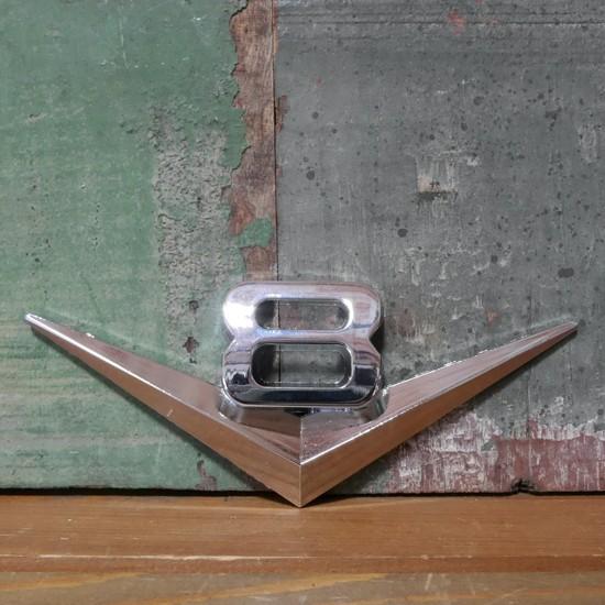 V8 スチール ステッカー ブイハチ STICKER アメリカン雑貨の画像