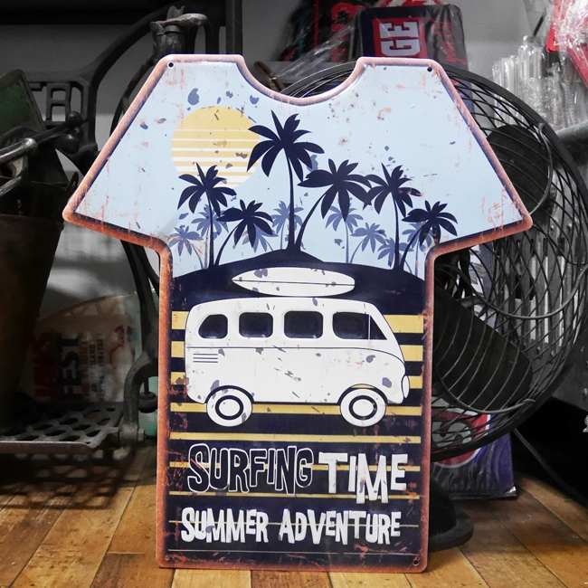 エンボス プレート Surfing Time Tシャツ型ブリキ看板 ハワイアン サーフィング アメリカン雑貨の画像