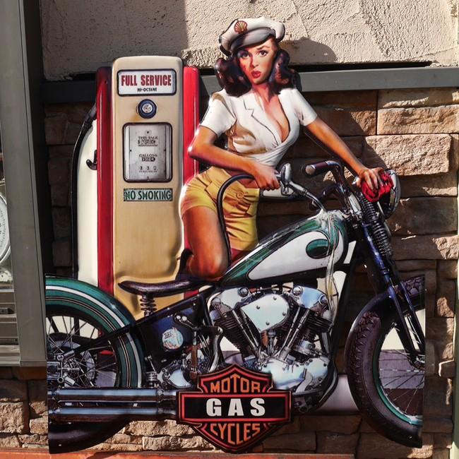 アンティークエンボスプレート ダイカット BIKE GAS GIRL  ブリキ看板 アメリカン雑貨の画像