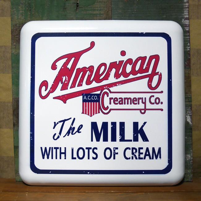 アメリカンミルク エンボスメタルウォールデコ アドバタイジングサイン  ブリキ看板 アメリカン雑貨の画像