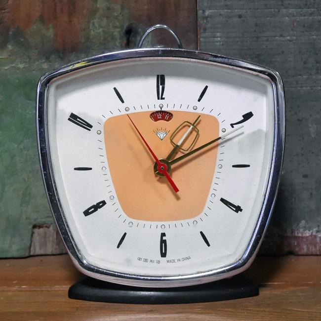 アンティーク 目覚まし時計 ゼンマイ式 置き時計 レトロ インテリアの画像