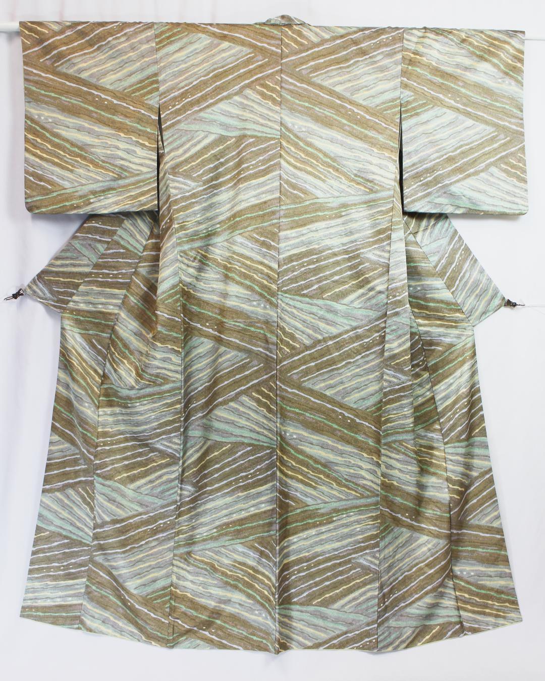【古着物】変わり線描き模様小紋着物画像