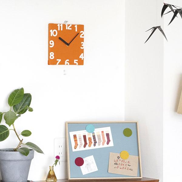 キッズルームに最適な壁掛け時計