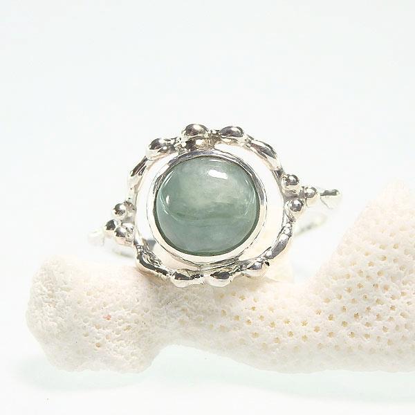 ビルマ翡翠のリング 13.5号の画像