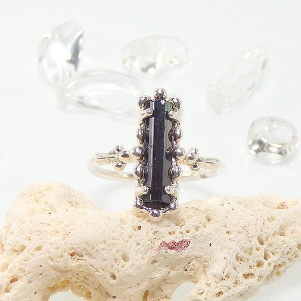 ブラックトルマリン原石の粒飾りリング 10.5号の画像