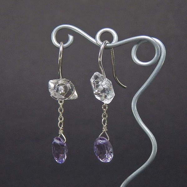 ハーキマーダイヤモンドとパープルトパーズのピアス 2wayの画像