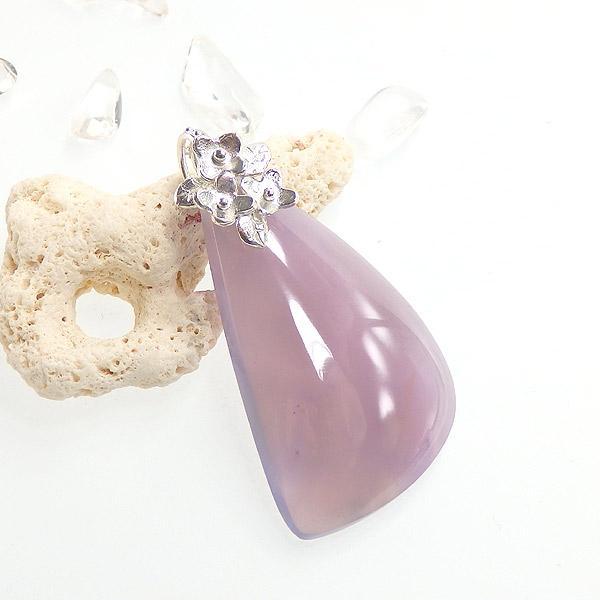 パープルカルセドニーの小花飾りペンダントの画像