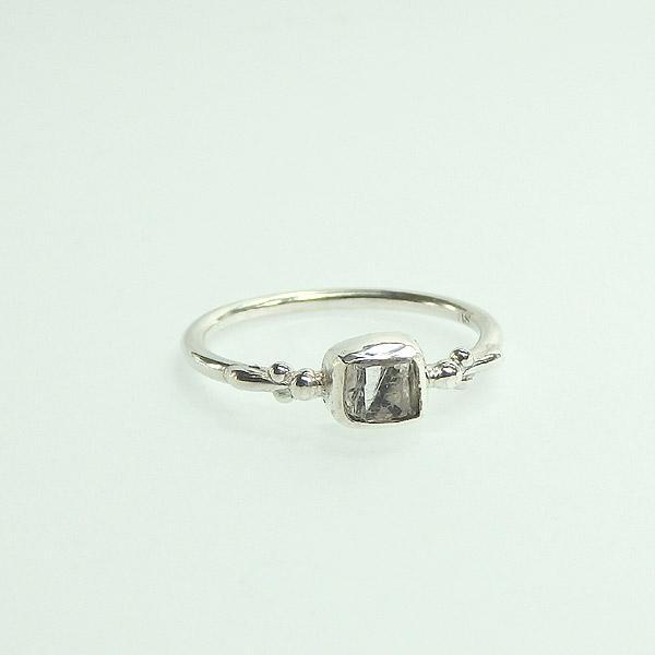 フェナカイト原石のリング 9.5号の画像
