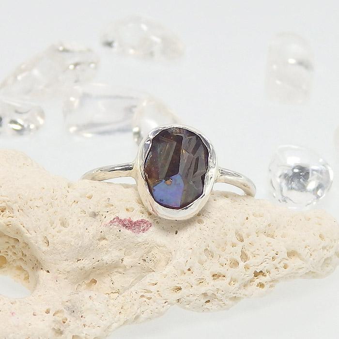 レインボーガーネット原石のリング 12.5号の画像