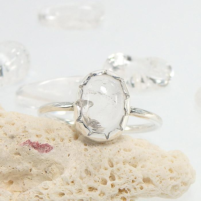 マニカラン産 ヒマラヤ水晶のリング 13.5号の画像