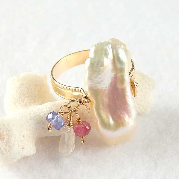 淡水パールと天然石ビーズのリングの画像