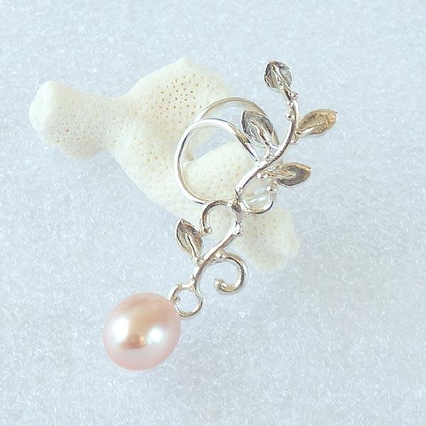 淡水パールの蔓飾りイヤーカフ 左耳用(再販)の画像