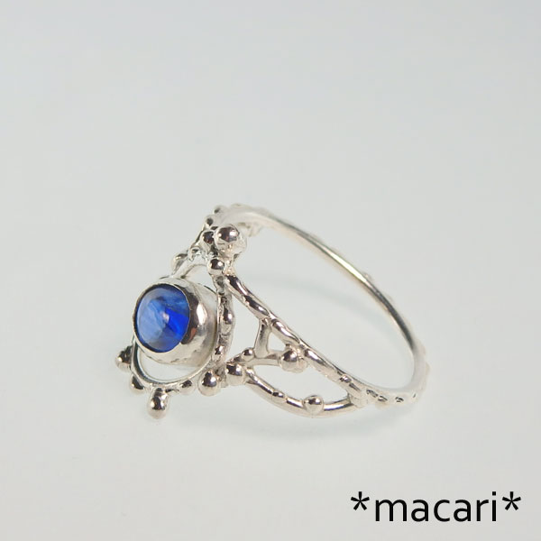 カイヤナイトの粒飾りリングの画像