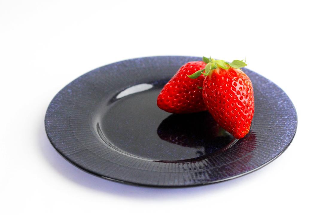オオタ硝子研究室 リム中皿(ネイビー)画像