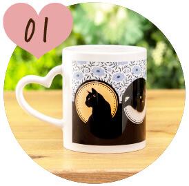 うちの子オリジナルハートペアマグカップのご購入にオススメのシーン1。ご友人様への贈り物に