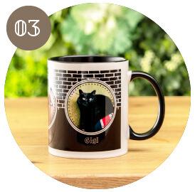 うちの子オリジナルカラーハンドルマグカップのご購入にオススメのシーン3。ユニークなうちの子グッズをプレゼントしたい方に