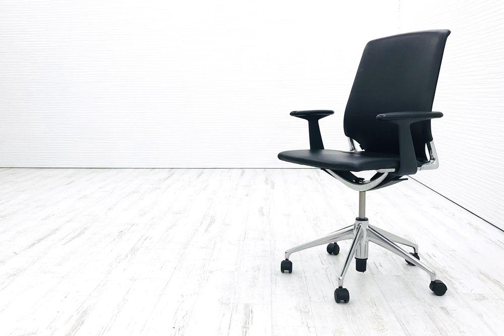 ヴィトラ メダチェア 中古チェア Vitra メダ MEDA 革 肘付 ブラック 中古オフィス家具の画像